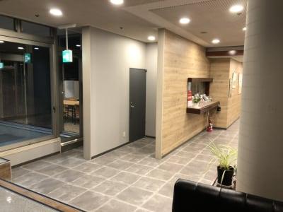 ステュディオ仙台(五橋) 1階貸会議室の入口の写真