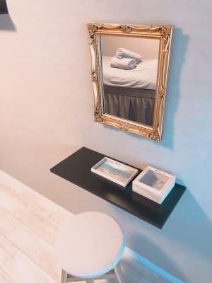 レンタルサロンLIL(りる) マッサージ、エステサロンスペースの室内の写真