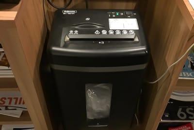 シュレッダーご利用いただけます。 - Basis Point上野店 12名用会議室 (Room B)の設備の写真