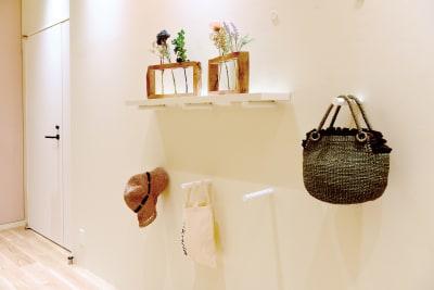 棚をお好きな位置に設置できます。 - Hikarieカンファレンス Room O (オー)の室内の写真