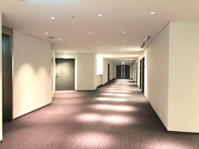 当施設は5つのお部屋がございます - Hikarieカンファレンス Room Aの入口の写真