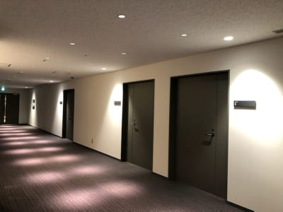 清潔感のある静かな空間です - Hikarieカンファレンス Room Aの入口の写真