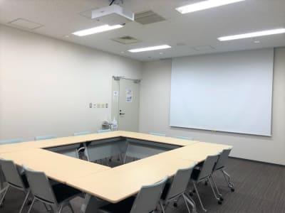 プロジェクター完備! - Hikarieカンファレンス Room Bの室内の写真