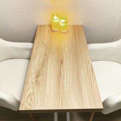 カウンセリングチェアは2脚。 - 京橋Lotus プライベートスペースの室内の写真
