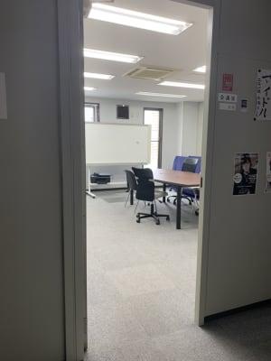 TSK貸し会議室 貸し会議室の入口の写真