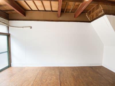 北側の壁です。 - Studio butter 【超格安】白壁撮影スタジオの室内の写真