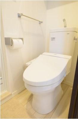 トイレは清潔に保たれています。 - Hikario新宿 ワークスペース201の設備の写真