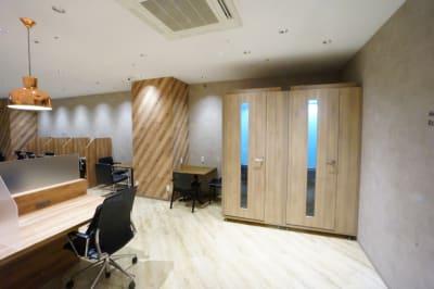 【モディコワーキング】 モディコワーキング個室No.28の室内の写真