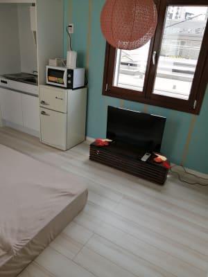 テレビ視聴ができます。 - Hikario新宿 ワークスペース 302の室内の写真
