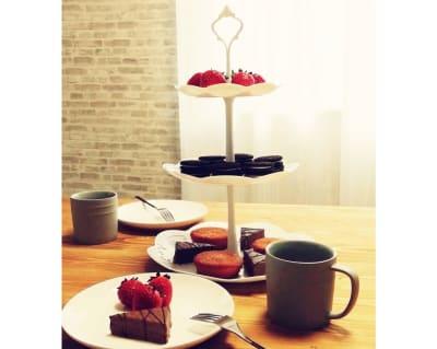 ケーキスタンドを追加しました!とっても可愛いです💕 - サンライズ新宿 サンライズ新宿211の設備の写真