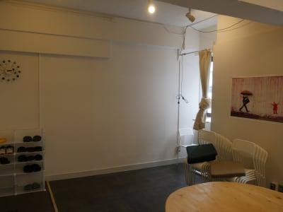 カメラ堂ビル「スタジオ」 貸し会議室(3階)・スタジオの室内の写真