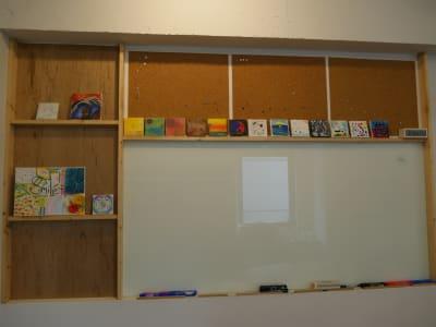 ホワイトボード(寄り) - カメラ堂ビル「スタジオ」 貸し会議室(3階)・スタジオの室内の写真