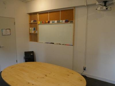 ホワイトボード - カメラ堂ビル「スタジオ」 貸し会議室(3階)・スタジオの室内の写真