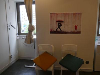 椅子(15脚)クッション4つ - カメラ堂ビル「スタジオ」 貸し会議室(3階)・スタジオの室内の写真