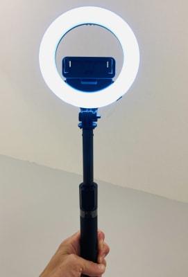 自撮り棒としてもご利用可能(最大90cmまで伸縮出来ます) - Compartimos 2名以上利用プランの設備の写真