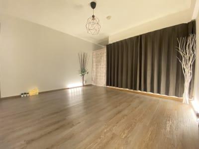 Room527 プライベートレンタルサロンの室内の写真