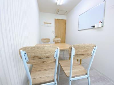 カラメル町田東口店 E室(ストライプ)の室内の写真