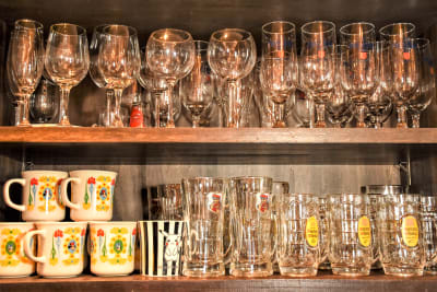 グラス - ウツボーノ レンタルカフェの設備の写真