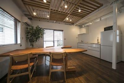 メインフロア - KITCHEN & OFFICE 青山店の室内の写真