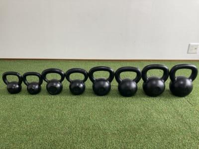 ケトルベル(4kg、8kg、12kg、16kg) - noma レンタルジム/サロン nomaの設備の写真