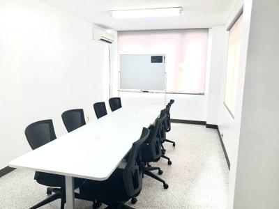 viv.04 viv.04 貸し会議室の室内の写真