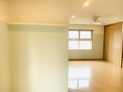 広々としたリビング、使い方はひとそれぞれ! - OneRoomstudio キッチン付き、レンタルスペースの室内の写真