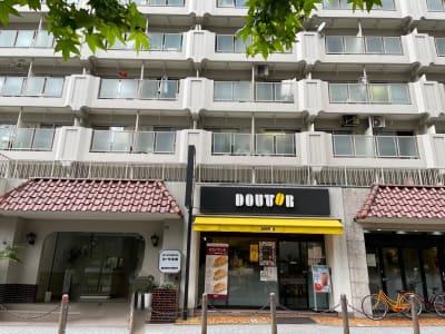 1階ドトール  - WHITEGYM池袋店の外観の写真
