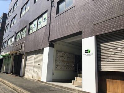 建物入口 - レンタルサロン ハコガシ A号室の外観の写真