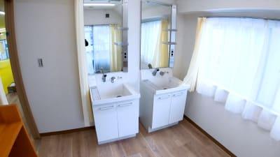 更衣室Bには洗面台があります - スタジオマッチの設備の写真