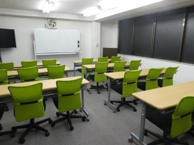 貸し会議室のクラッシー新宿御苑店の室内の写真