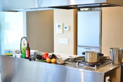 料理教室一面 - 六本木デザイナーズハウススタジオの室内の写真