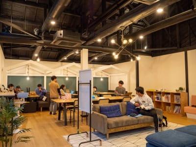 京都町家スペース AOI四条烏丸 メインスペースの室内の写真