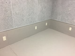 AH Sound proof B2 防音ルーム の室内の写真