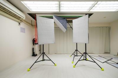 LEDライトが3台※無料 - Studio Bis フォトスタジオの設備の写真