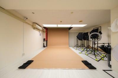 バックペーパー【ベージュ】※無料 - Studio Bis フォトスタジオの設備の写真