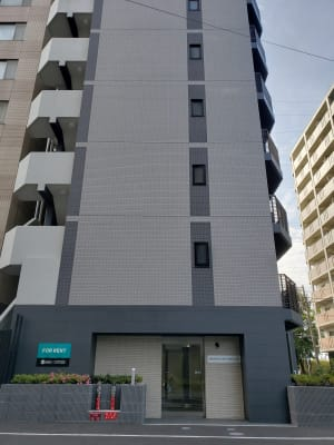 新横浜レンタルスペース Bタイプの入口の写真