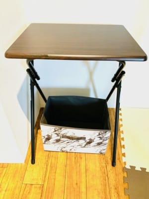 折り畳みテーブル3台 荷物入れも同数ご用意しております。 - ゴルフスタジオ Pau hana シミュレーションゴルフの設備の写真