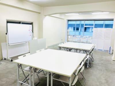 ワークショップスペースも併設 - 日本橋base 多目的スペースの室内の写真