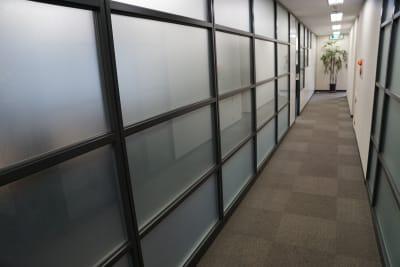 【日本橋】東益ビル6階 レンタルの入口の写真