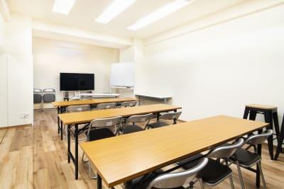 セミナーといった使い方もご検討ください。 - StudioIrodori赤羽橋 スタジオIrodori赤羽橋の室内の写真