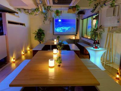 オシャレな小物もあります♪ ハロウィンパーティ―・クリスマスパーティーにもオススメ♪ - 渋谷ガーデンルーム3F 渋谷ガーデンルーム3Fの室内の写真