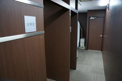【日本橋】東益ビル2階 酸素カプセル付き/サロンスペースの室内の写真