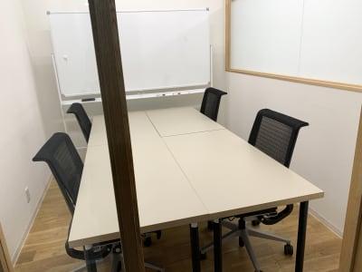 GOODOFFICE薬院 会議室の室内の写真