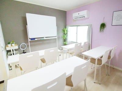 ふれあい貸し会議室 大阪KLM ふれあい貸し会議室 大阪Gの室内の写真