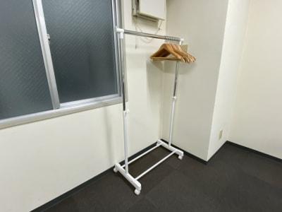 大阪会議室 第7新大阪ビル 第1会議室(9-18時パック)の設備の写真