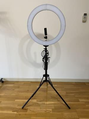 【直径48cm/18インチ LEDリングライト】×1台 LED数量:448個 パワー:80W 調光範囲:1%-1 00% 色温度調整範囲:2700-5500K 高さ調整:80cm-200cm  - BPstudio 撮影スタジオ・貸しスペースの設備の写真