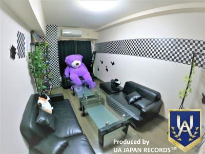 DueRoom横浜店 パーティースペースの室内の写真