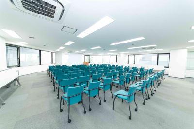 水道橋・後楽園貸し会議室LMJ Sharing Center 2階LL会議室 - LMJSharingCenter 【企業研修に最適】2階LL会議室の室内の写真
