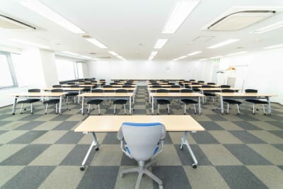 LMJSharingCenter 【オンライン向け】5L会議室の室内の写真