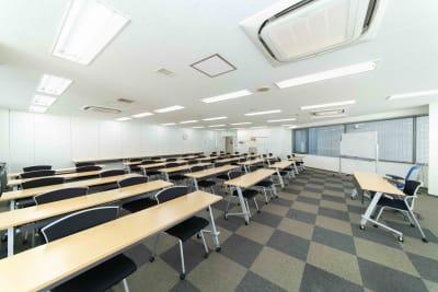 LMJSharingCenter 【多目的スペース】5L会議室の室内の写真